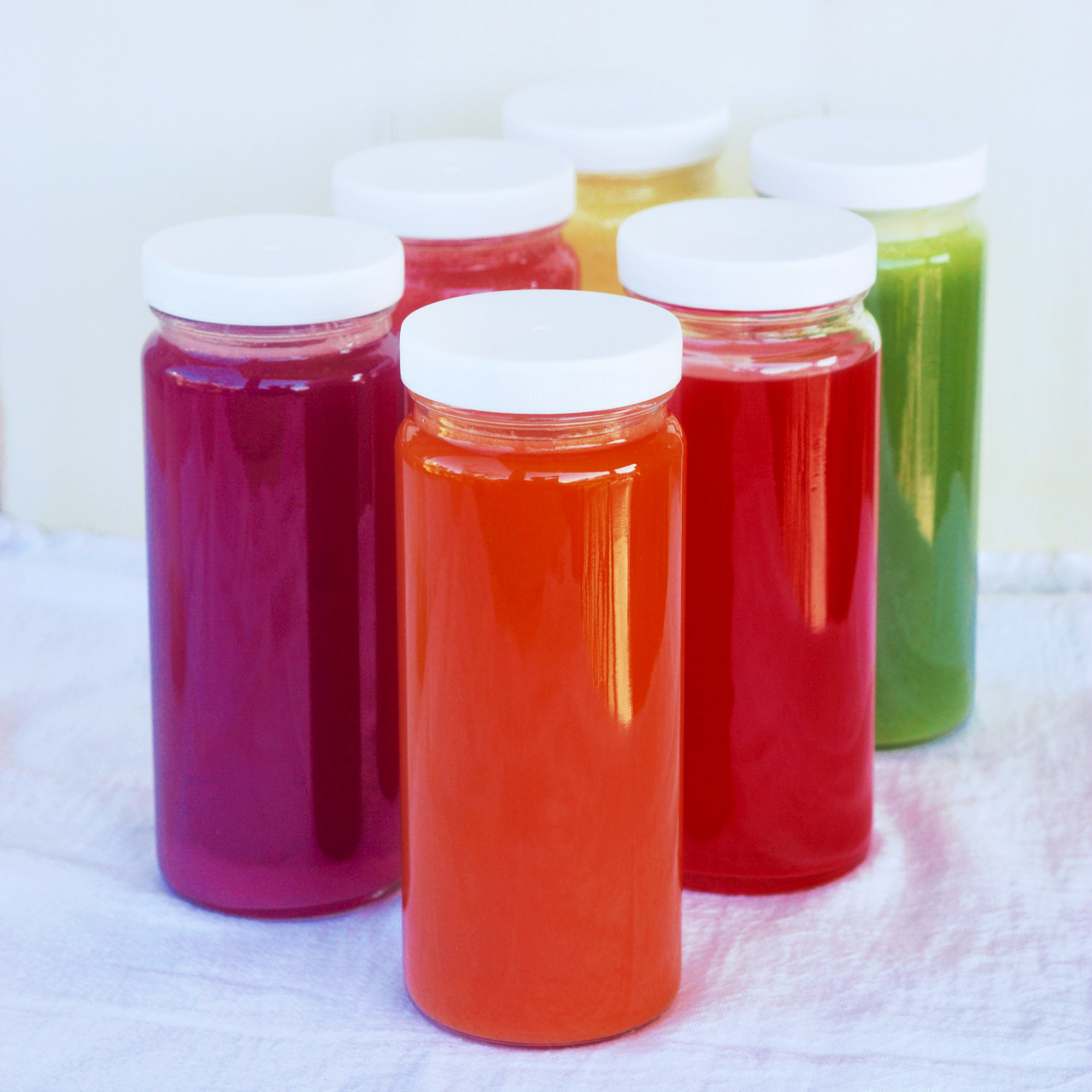 juice and smoothie bottles